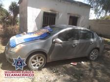 REALIZA POLICÍA MUNICIPAL DE TECAMACHALCO LA RECUPERACIÓN DE UN VEHÍCULO PREVIAMENTE ROBADO.