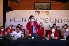 Se registra Lorenzo Rivera como candidato de unidad del PRI