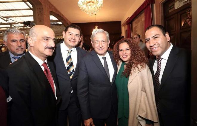 Alejandro Armenta convoca a poblanos a respaldar al presidente AMLO en la lucha vs la corrupción