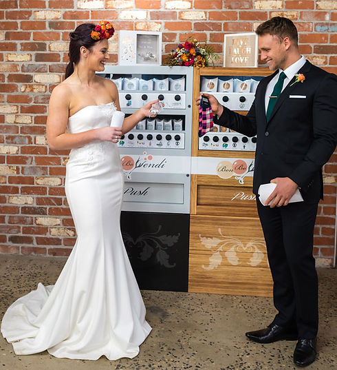 bride-groom-thank-you-gifts-vending-mach