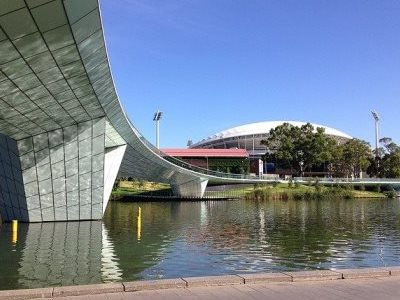 adelaide-package-bridge-oval-river.jpg