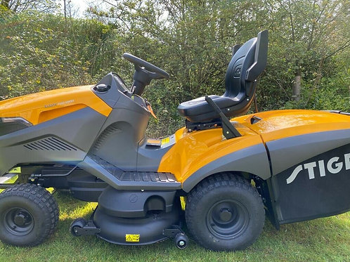 Stiga 7102 Ride on Mower