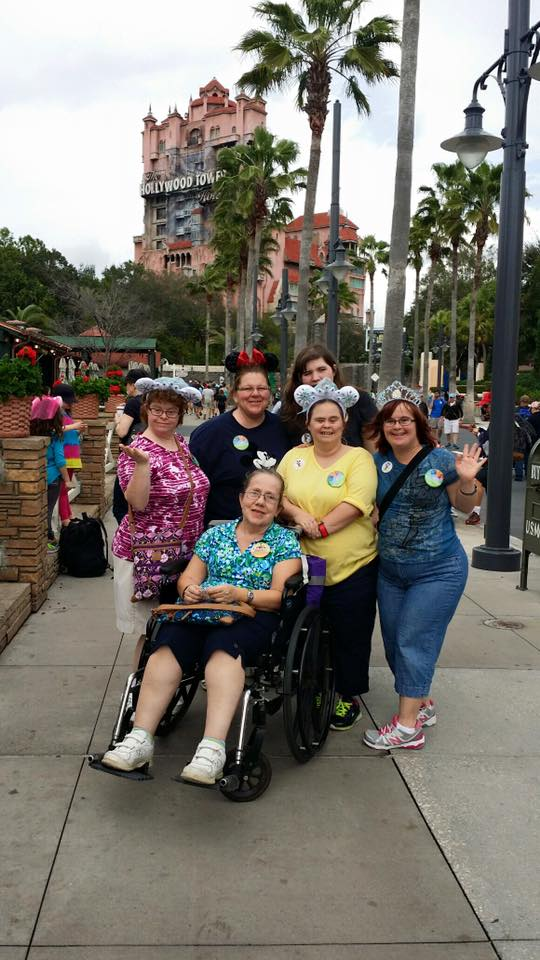 WDW Hollywood Studios Group Pic