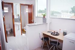 Banheiros Individuais e Cozinha