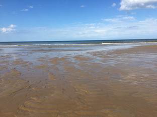 Summer beaches Norfolk 1 mile from HH.jp