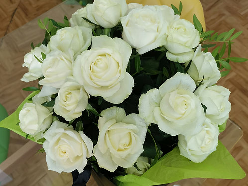 Buchet Trandafiri albi - 21 fire