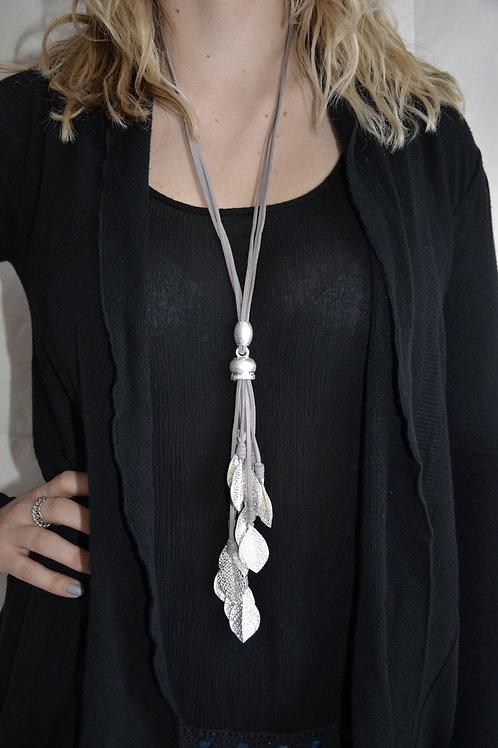 Multi leaf long necklace