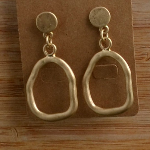 Sm Matte irregular Hoop earrings