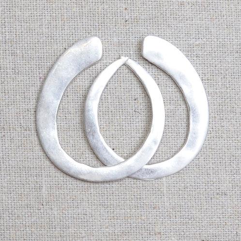 Hammered simple flat earrings