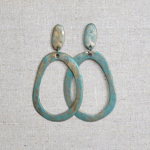Flat hammered oval earrings