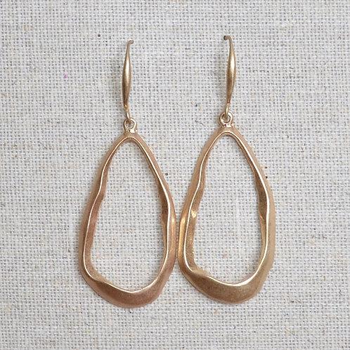 Ovalish hook earrings