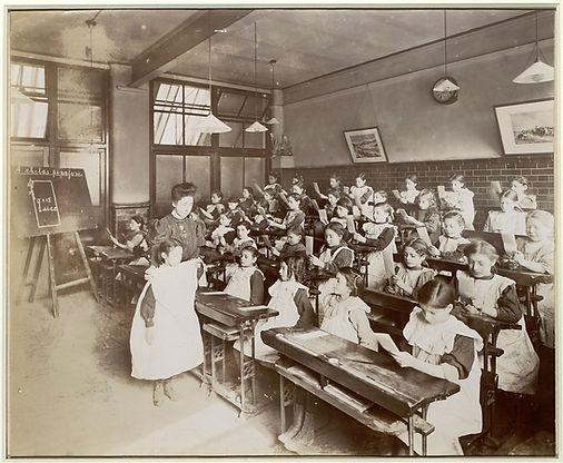 13 - JFS classroom.jpg