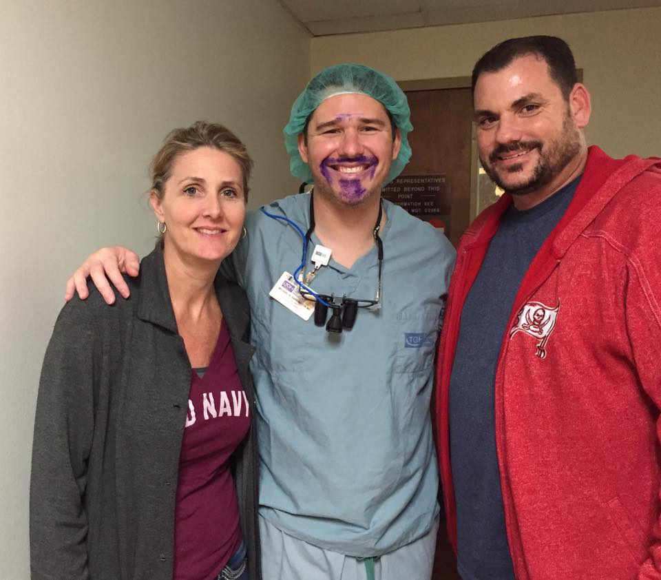 DrHarrington_Lisa_Dan_Newman_SurgeryDay_BlueStache