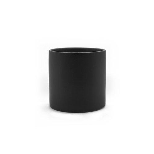 黑色瓷質花瓶