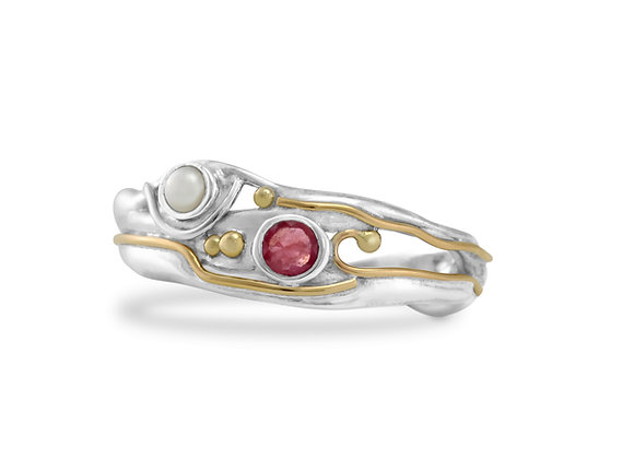 Ruby and Pearl ring with gold details, Organic & hand made