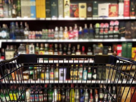"""Ile """"procent"""" podatku masz w cenie alkoholu? Ile pieniędzy zaoszczędził byś, gdyby nie akcyza?"""