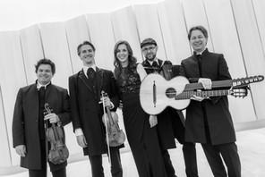 Maria Stippich mit den Neuen Wiener Concert Schrammeln