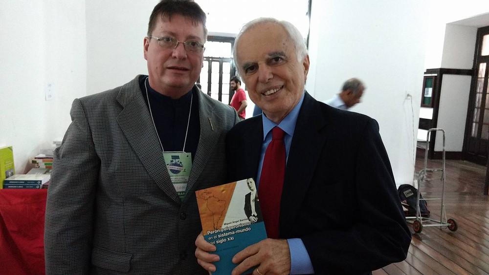 """El Dr.Barrios con Samuel Pinheiro Guimaraes en Rio de Janeiro Y su libro """"Perón Y el peronismo en el sistema mundo del siglo XXI"""""""