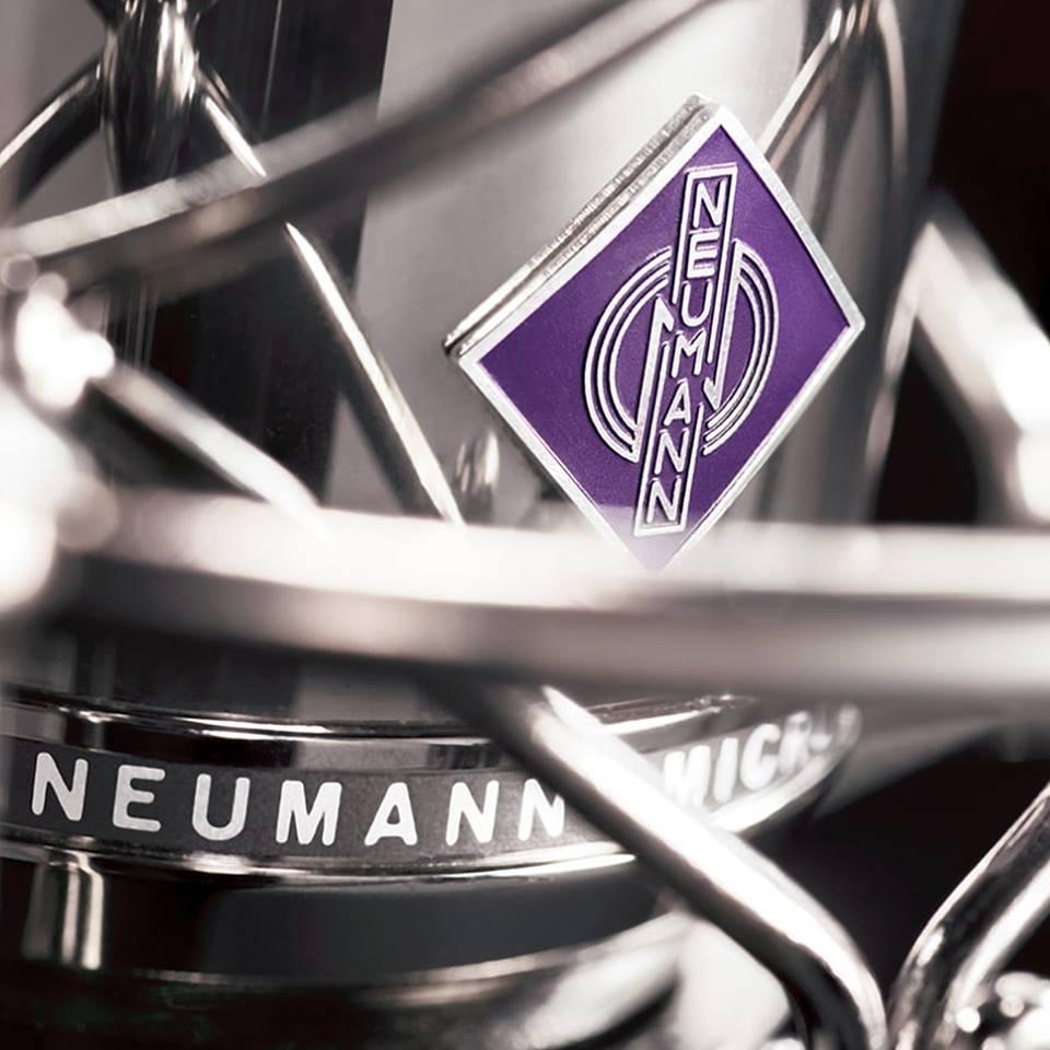 Nous utilisons des microphones Neumann