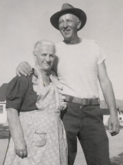 Stella Hunt's mother and brother
