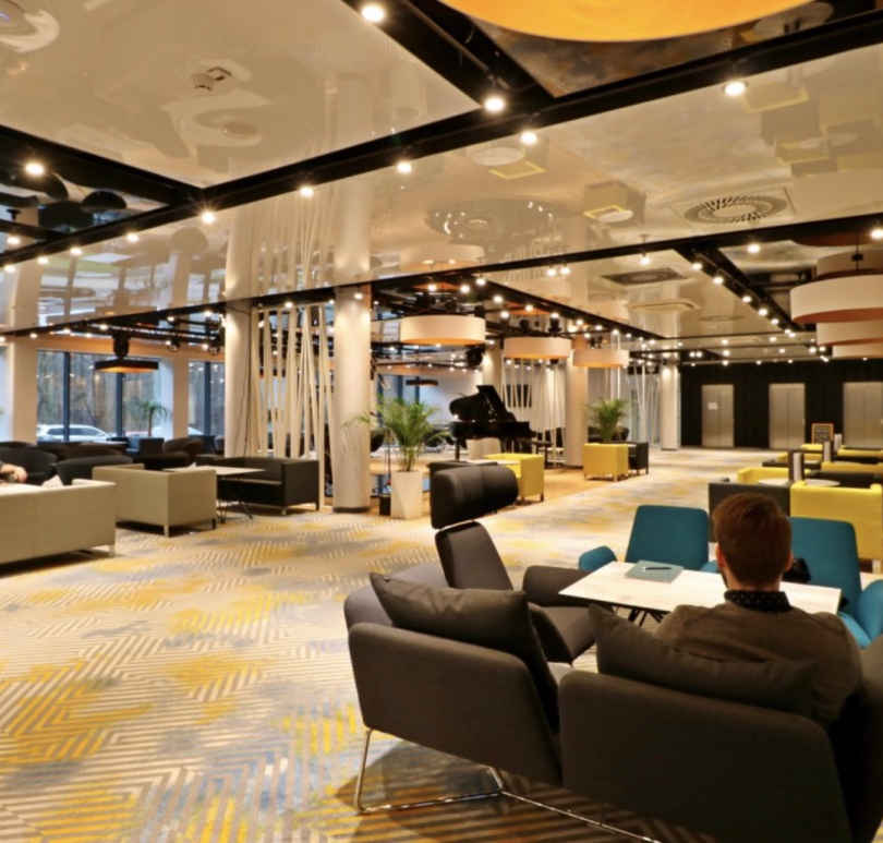 duże_lampy_do_hotelu.jpg