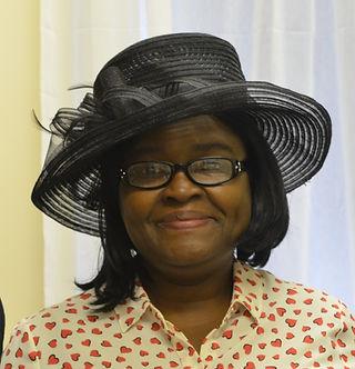 Pastor Norah2.jpg