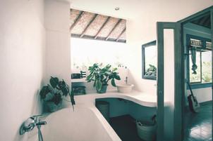 gardeina bath.jpg