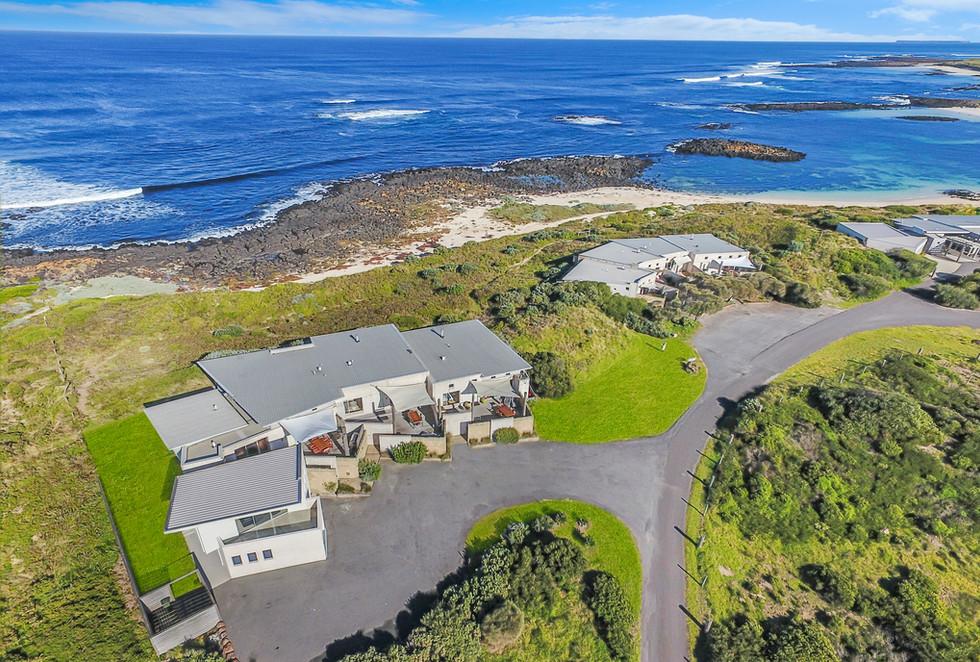 Hearn's Beachside Villa's