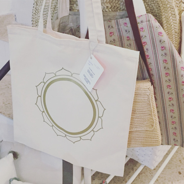 Circle of Gold Tote Bag @ RA MA, Mallorca