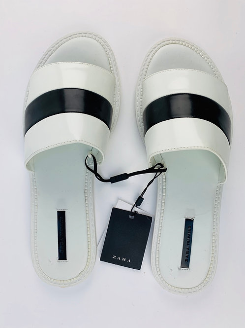 Zara White Flat Shoes with Black Detail  UK 6 EUR 39