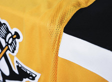 Pittsburgh Penguins Unveil NEW Gold Third Jersey for 2018-19