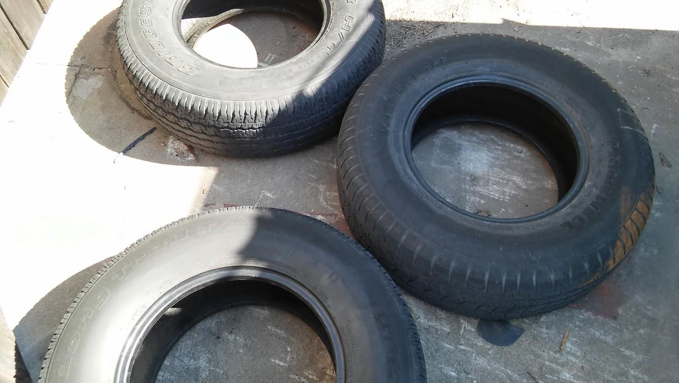 Found Tires - 2016.10.02
