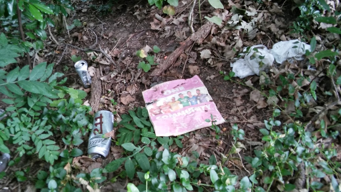 UUC Turtle Creek Cleanup Litter 007