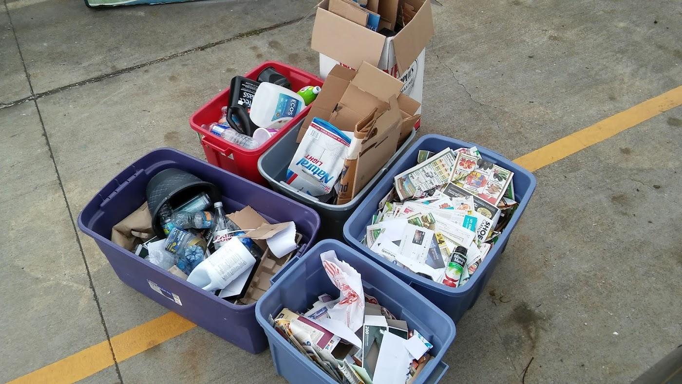 2017.04.16 - UUC Recycling