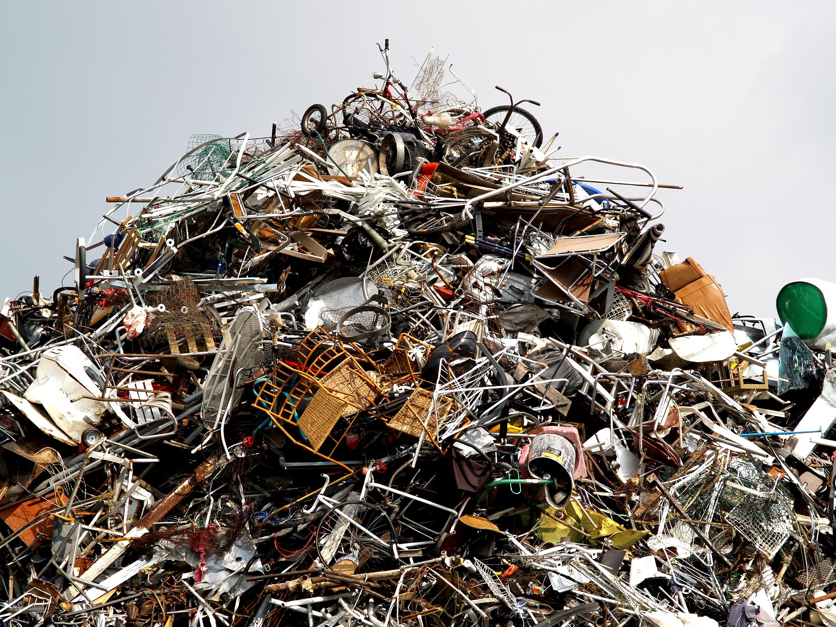 metal-scrap-1576958