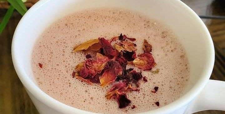 Pine Pollen Rose Moon Milk (Compostable to go cup)