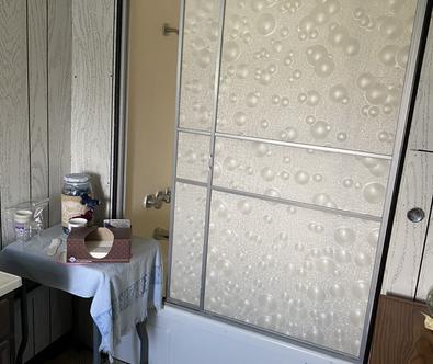 (18) Bath 2 second floor