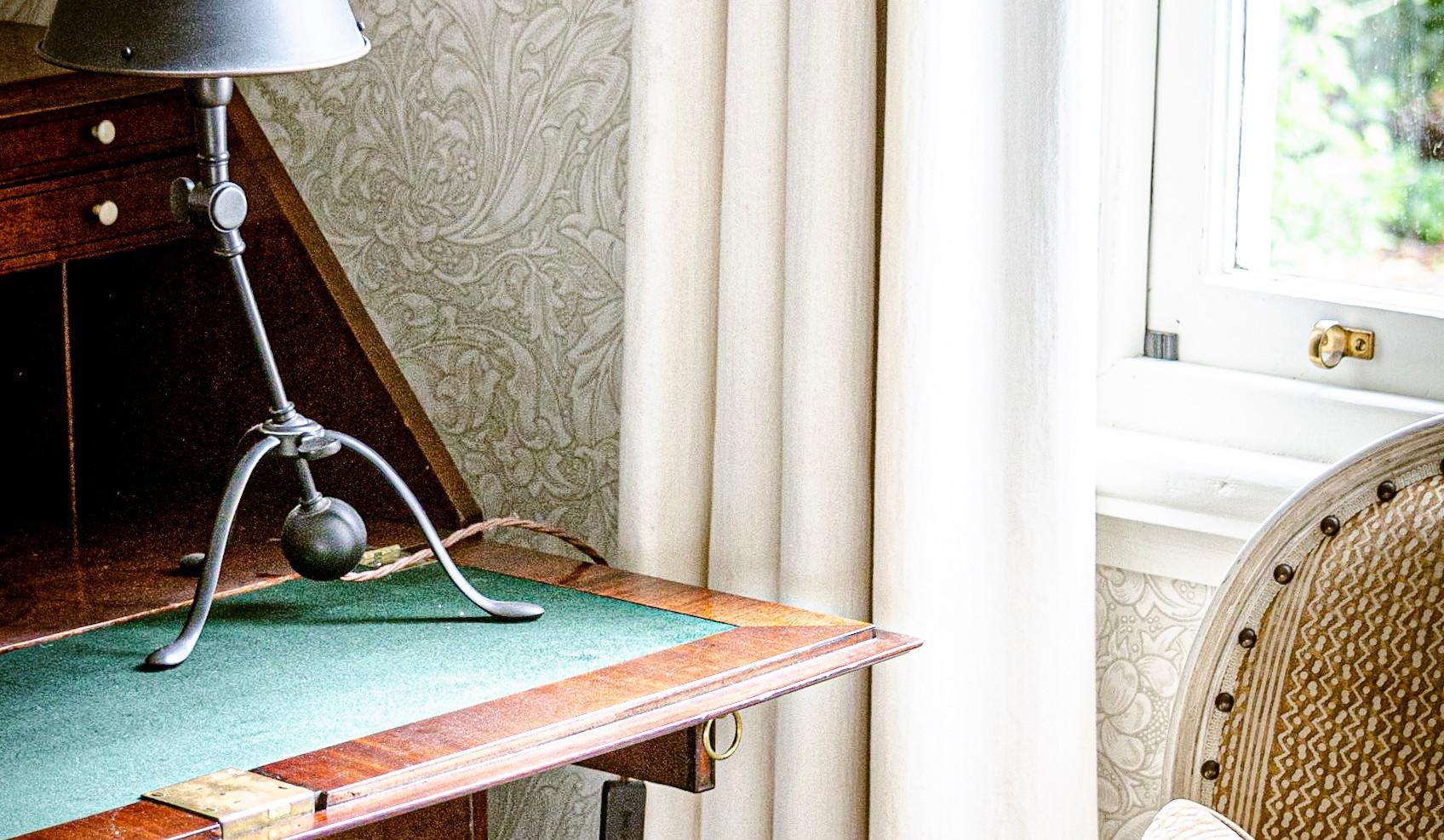 Raj guestroom detail