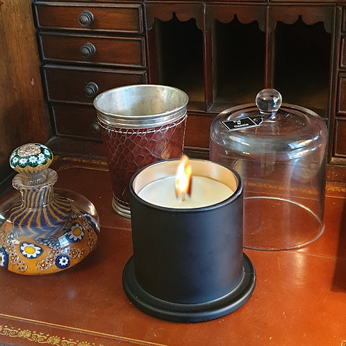 Deluxe Cloched Candle - Autumn/Winter Scent