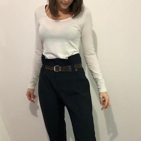 pantalon-taille-haute-bleu-marine-atelier-valerie-ach