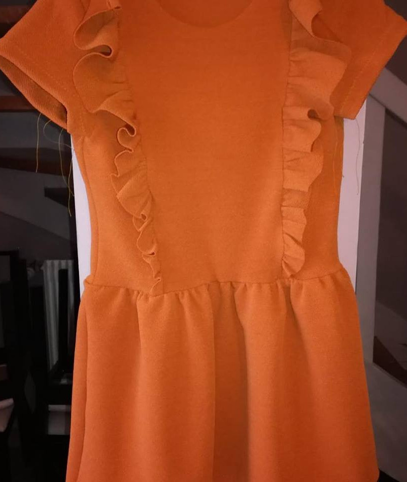 enfant-robe-orange-angers-atelier-valeri