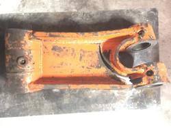 Excavator H Link
