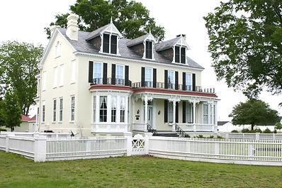 Historic Cedar Dell Mansion at Kennedy Home