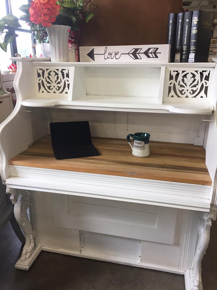 Piano turned desk