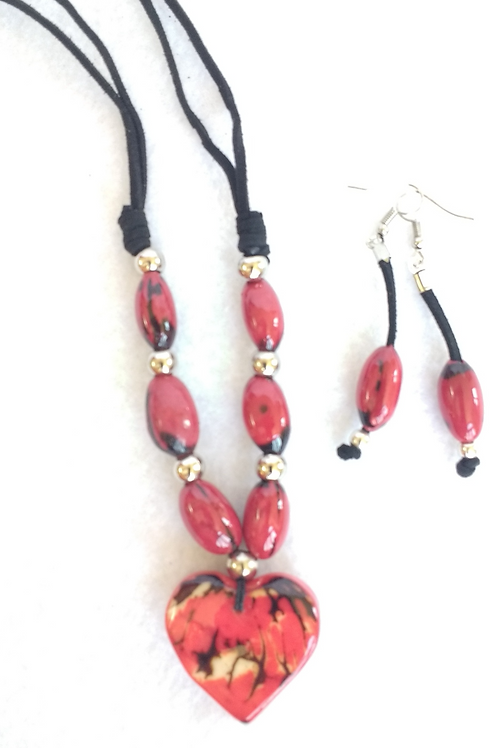 Tagua and Palm Berry Necklace and Earring Set