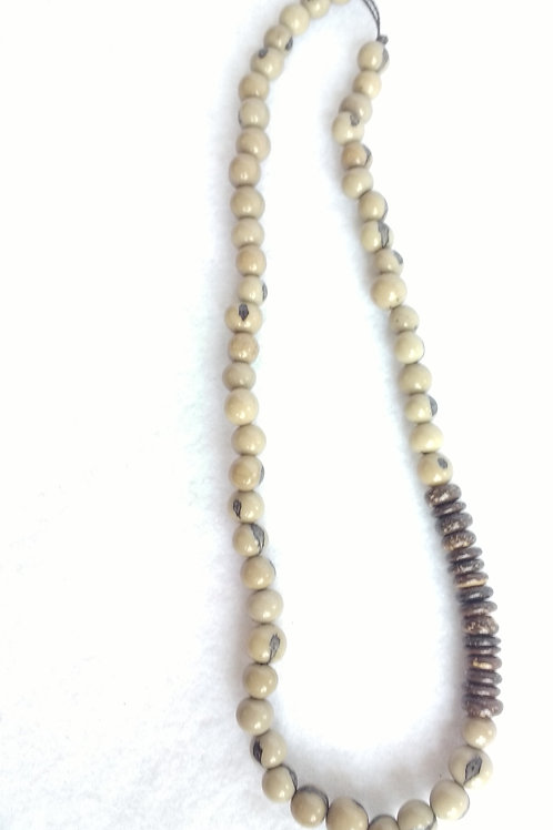 Acai Berry Necklace with Coconut