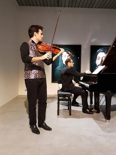 Playing Franz Schubert and Manuel de Falla
