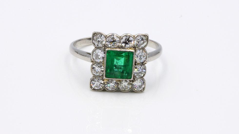 Art Deco 18ct White Gold Emerald Diamond Cluster