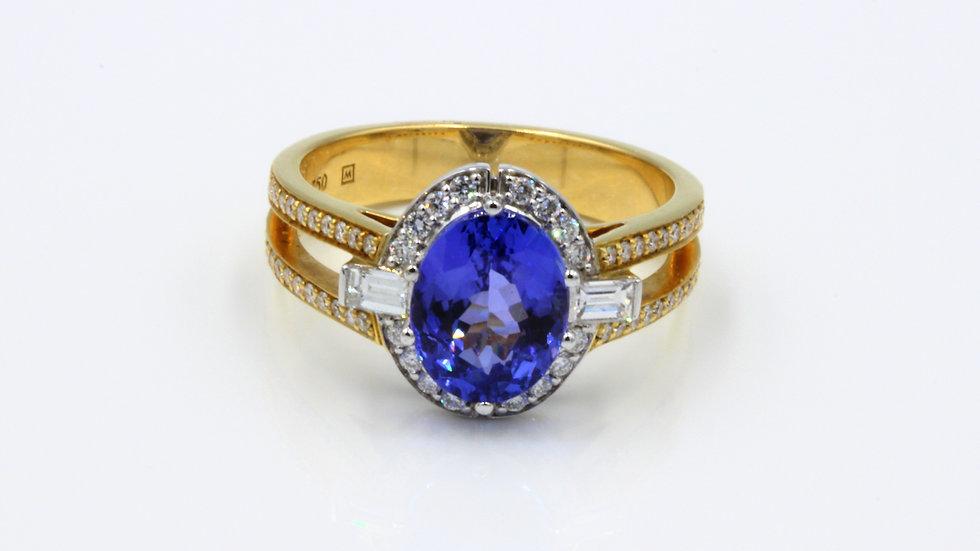 18ct Tanzanite Diamond Dress Ring