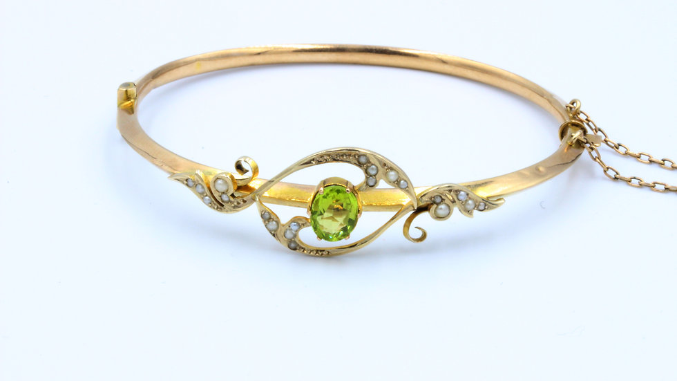 9ct Gold Edwardian Peridot and Pearl Bangle